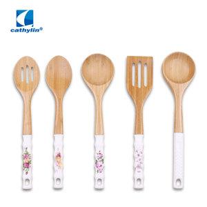 Wooden kitchen tools set