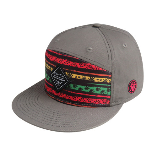 Snapback Cap with Woven Label Bage