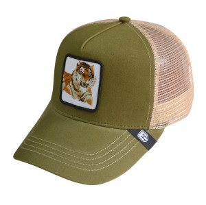 Custom Baseball cap trucker cap with Embroidery Badge and woven label