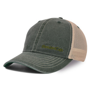 Washed baseball cap with embroidery logo