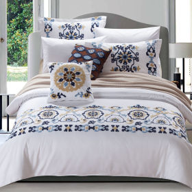2017 new luxury embossed towel embroidery Mediterranean style duvet cover set