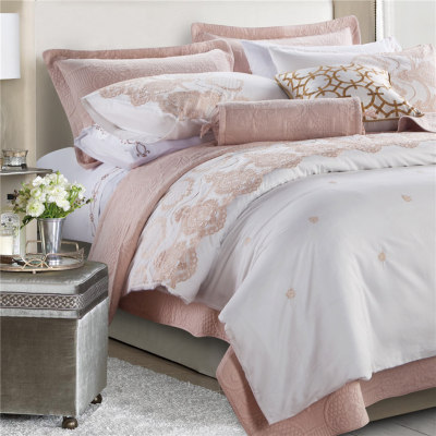 2017 new royal luxury jacquard floral silky soft luxurious wedding bedding