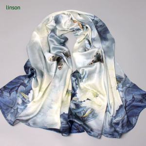 China Manufacturer Supplies100% Pure Silk Scarf With Customized Design