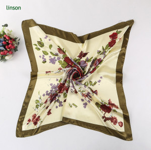 Wholesale Cheap Price 100% Polyester Beautiful Headscarf With Hand Roll