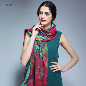 Beautiful printing silk big size long chiffon scarf for dubai or leo