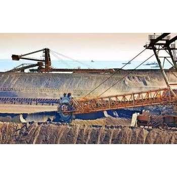 India considers raising iron ore import tariffs