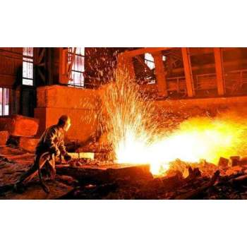 In the first ten days of March, the average daily output of crude steel in key steel enterprises was 1,884,300 tons
