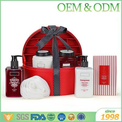 OEM ODM natural Christmas bath shower gift set holiday unique shower gift sets
