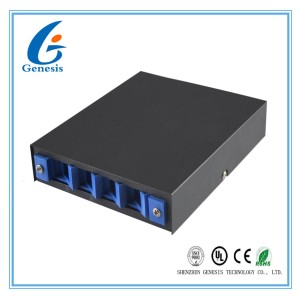 4 Port Fiber Optic Cable Box , SC ST FC Adapter Optical Fiber Distribution Box