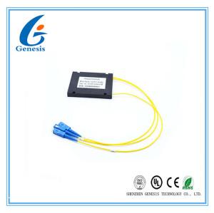 Les ABS en plastique enferment dans une boîte le noir de diviseur de PLC, diviseur de PLC de FTTB 1X2 avec 2M/3M câblent