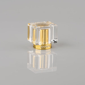transparet perfume plastic bottle cap