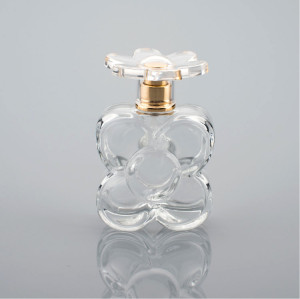 Flower shaped perfume bottle design