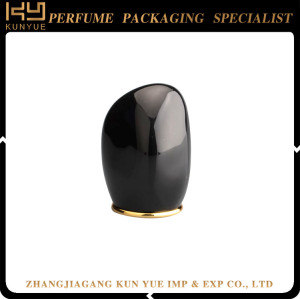 Newly Black Color Plastic Cap Perfume Bottle