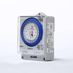 TBS 24 hours Analogue Time Switch, Battery Powered