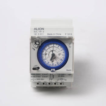 SYN161d 24 hours Analogue Time Switch, Without Battery