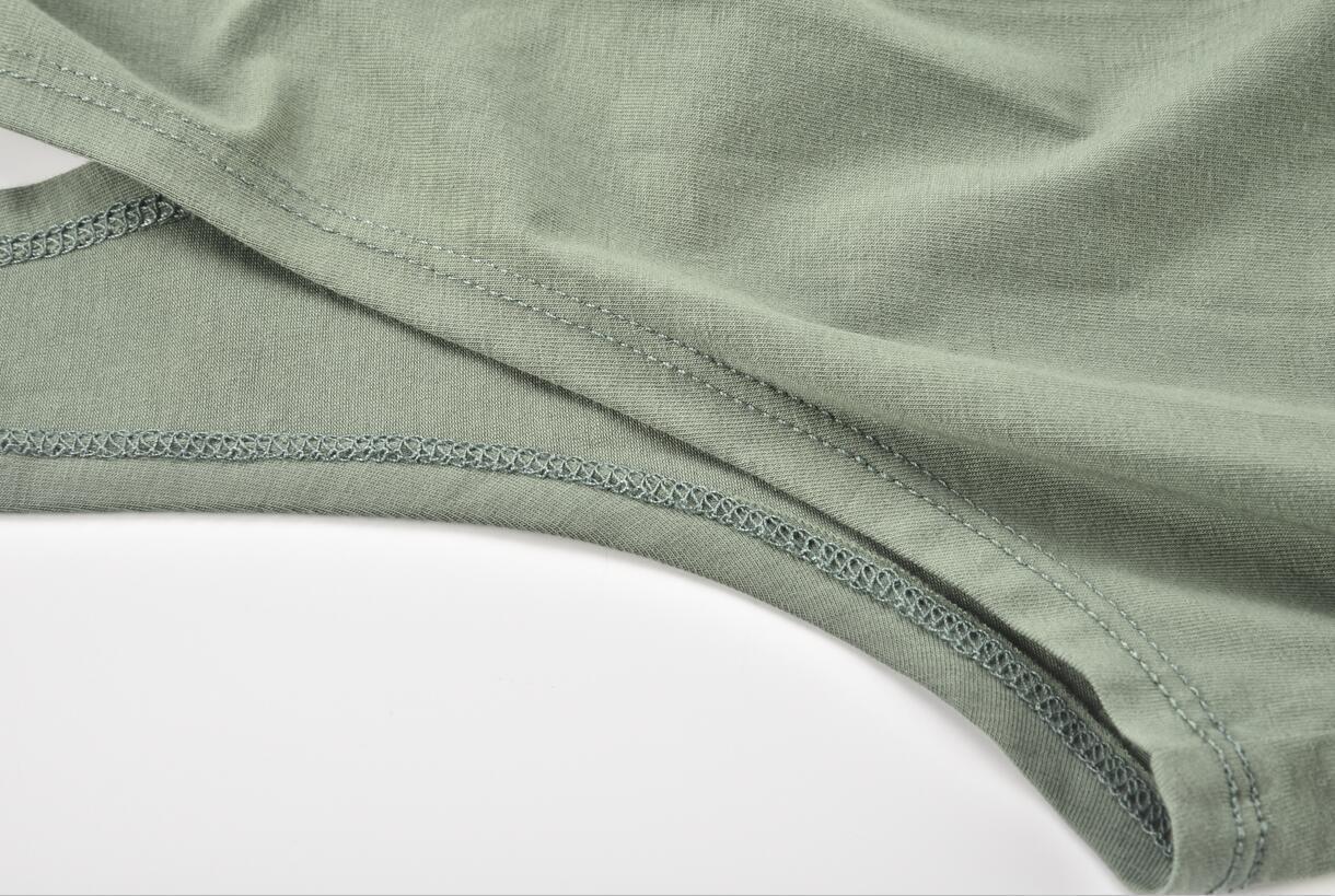 Yoga Tank Stitching Detail