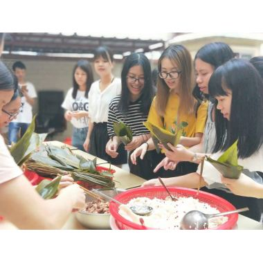 Hucai Sportswear develop the Dragon Boat Festival culture