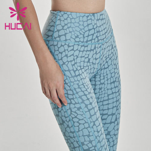 China Custom Women Yoga Apparel Manufacturer-Wholesale Price