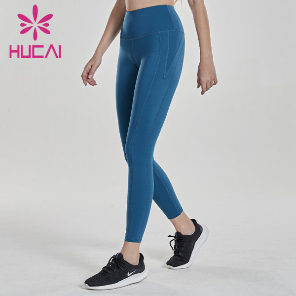 China Distributor Women Wholesale Sports Apparel-Design Your Own Clothing Brand