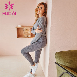 Wholesale Sportswear Apparel Gray Long-Sleeved Loose-Fitting Sports Top And Gray Printed Yoga Pants