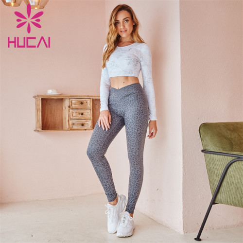 Wholesale Sportswear Apparel White Printed Long-Sleeved Top And Gray Printed Yoga Pants