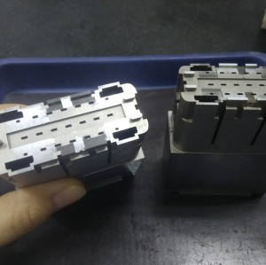 Precision Complex Connector Cavity Mold Inserts Parts 2pcs in 1.2344 Steel