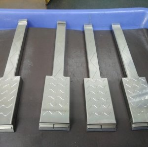 Non-standard Precision Plastic Mold Lifters with Beautiful Oil Groove