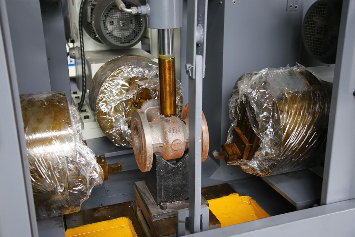 DBM boring milling machine.jpg