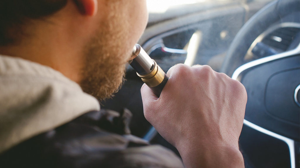 4 احتياطات في استخدام السجائر الإلكترونية