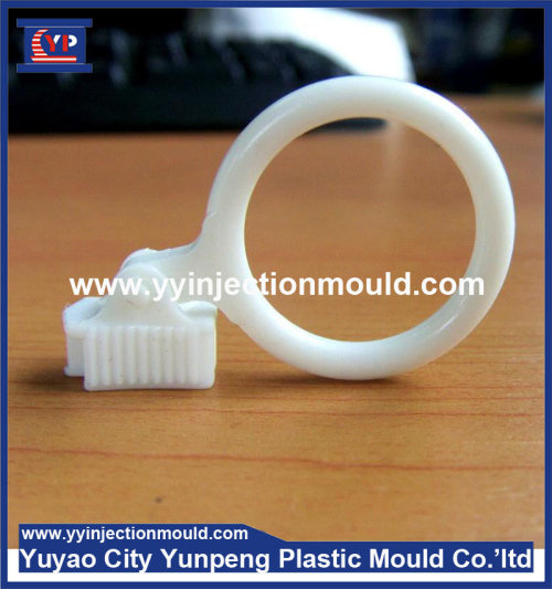 injection plastic mould for zipper puller  (From Cherry)