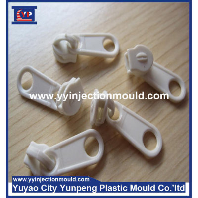 China price and new design eco-friendly garment zipper puller mould  (From Cherry)