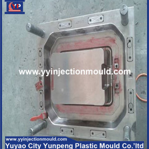 plastic suitcase mould, luggage mold, luggage box mould (from Tea)