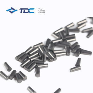 Customized tungsten carbide pins for tire studs