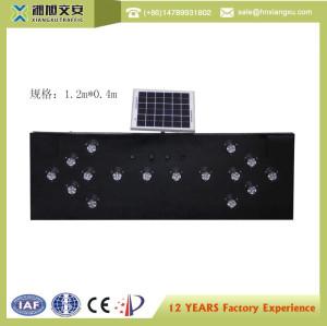 solar led flashing arrow sign