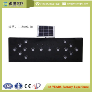 solar led flashing arrow sign