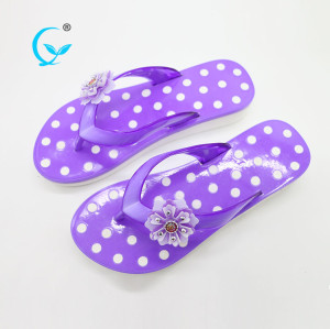 Latest design summer girls chappals women beach slippers
