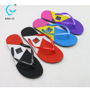 Dubai chappals for women and ladies sandals for health beach women sandal 2018 pvc