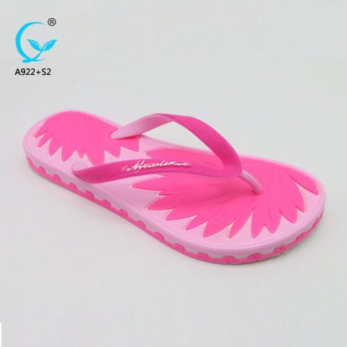 All kinds of flip flops cheap beach slippers women sandals chappals