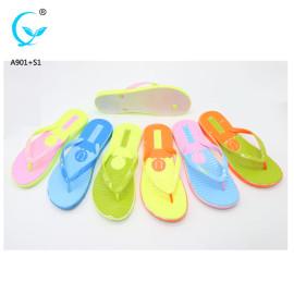 Foot massage custom logo women rubber flip flops ladies footwear