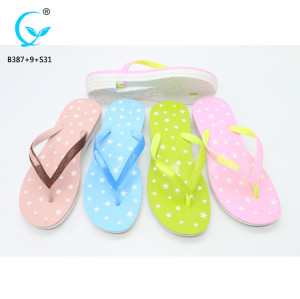 Slippers beach guangzhou cheap sandals gold flip flop for women footwears in 2017