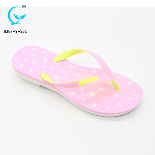 Slippers beach guangzhou cheap sandals gold flip flop for women footwears in 2017