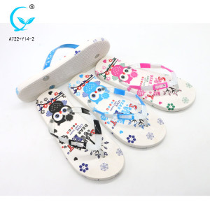 Women outdoor walk italy fancy flip-flop ladies slippers with pvc upper