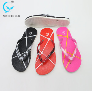 Flop women slide slipper with cheap price spanish women new design slipper for girls flip flops black plastic slippers