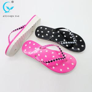 Ladies flat footwear summer slippers comfort flip flops personalized