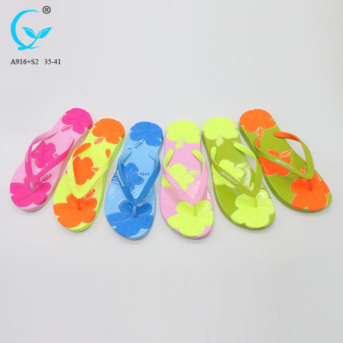 Beach latest chappal ladies full pcu slippers for women 2017