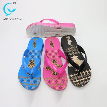 Black rubber elegant summer cheap indian slippers for lady slipper print