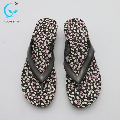Beach slippers women flip flop pvc strip sandal manufacturers sexy ladies chappal