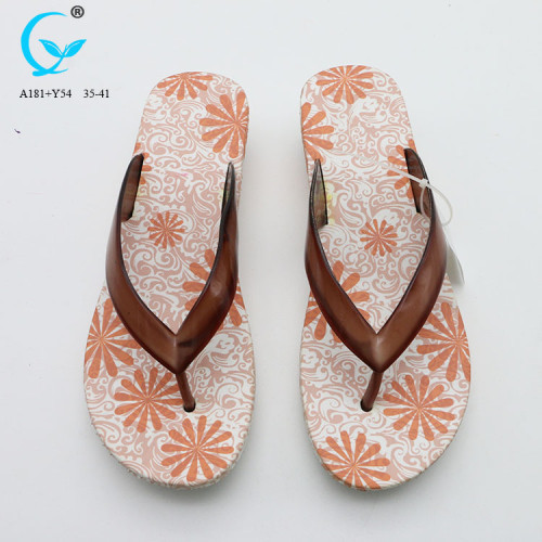 Chappal design crystal strap flip flops transparent pvc beach slippers women