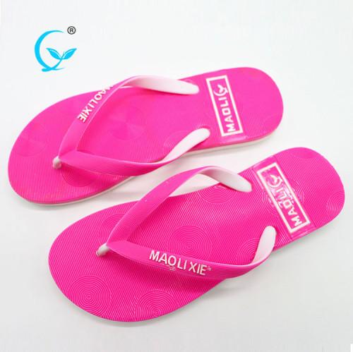 2017 hot sale new fashion hot styles women beach slippers flip flops