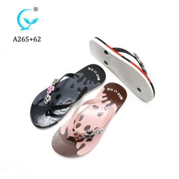 Latest Factory Direct Discount PVC traps Plastic Slippers flip flop sandals